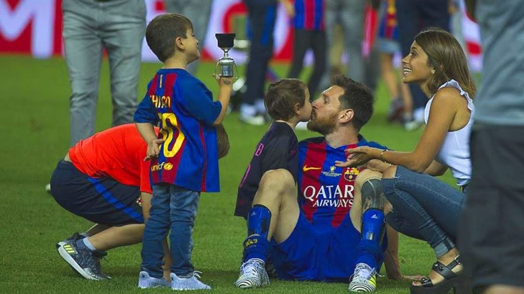 The Unknown facts about Lionel Messi wife - Sportslibro.com